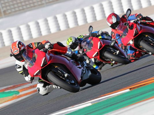 Triumph Street Triple 765 RS 2017 launch and test ride at Circuit