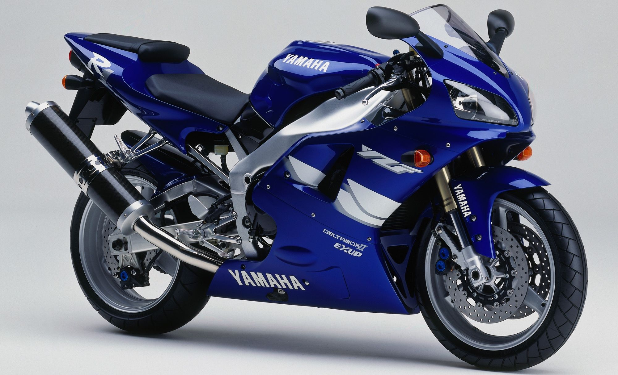 yamaha r1 blue bike - photo #26