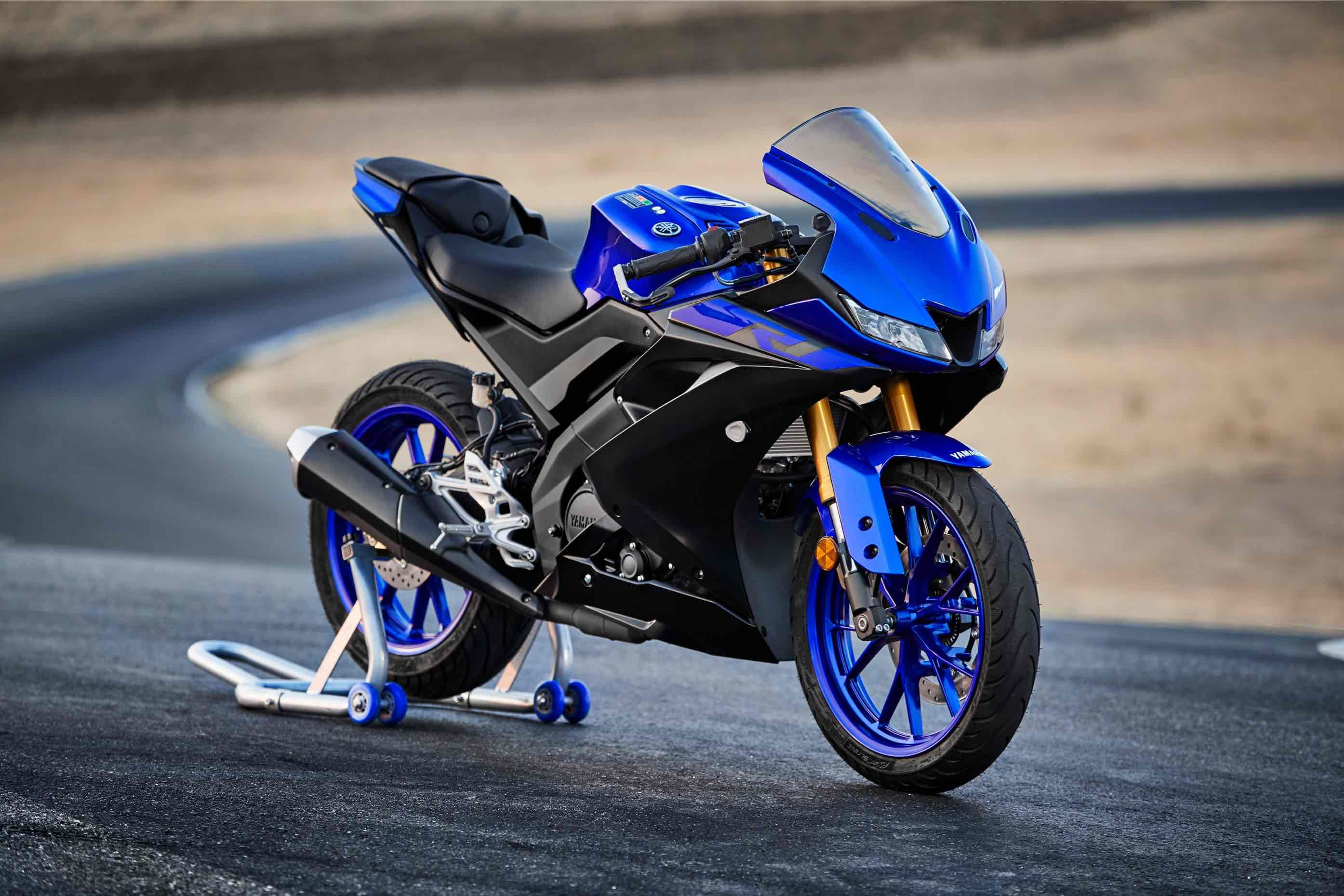 Yamaha YZF-R125 Photo
