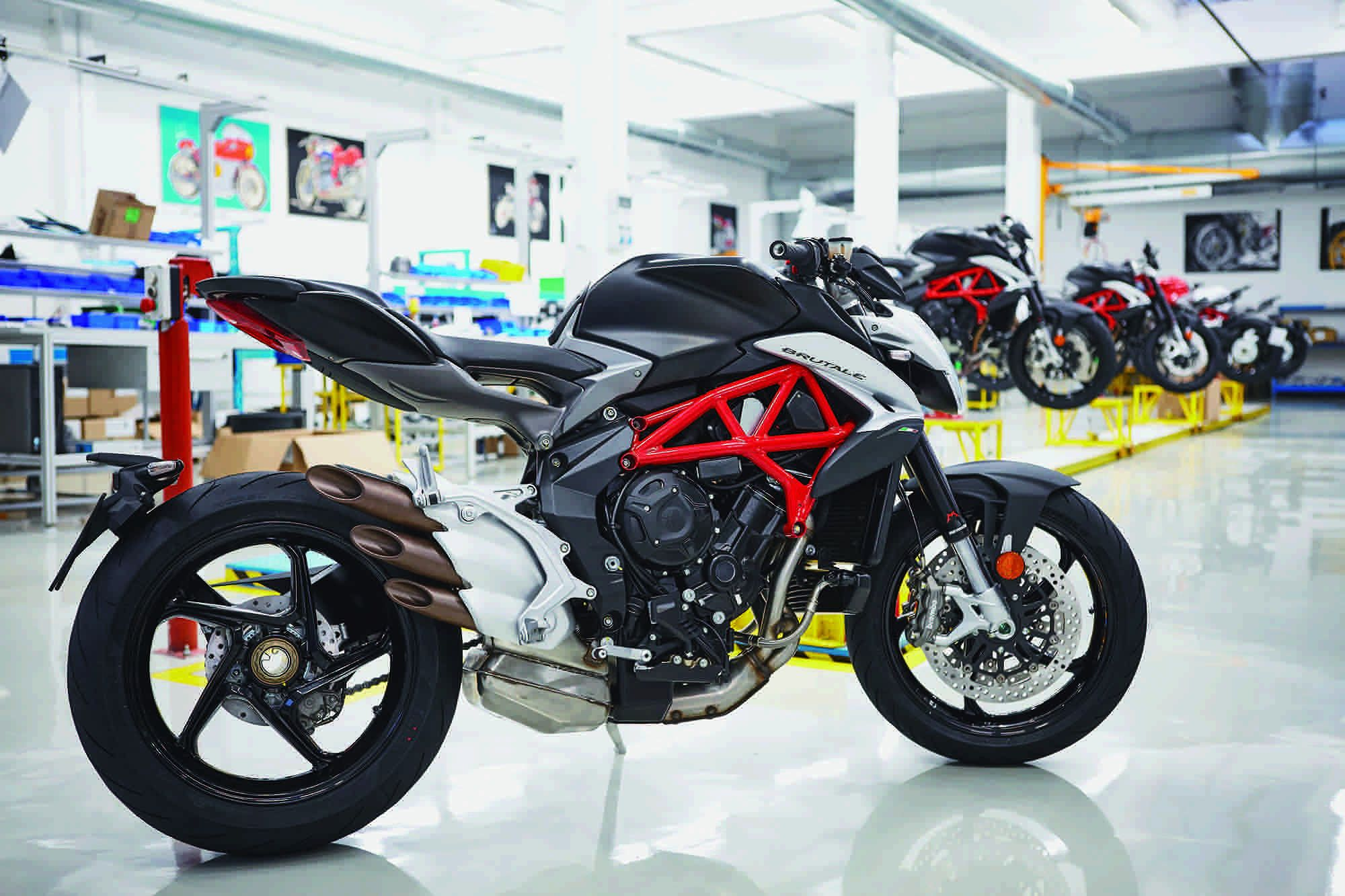 MV Agusta Brutale 800 Workshop