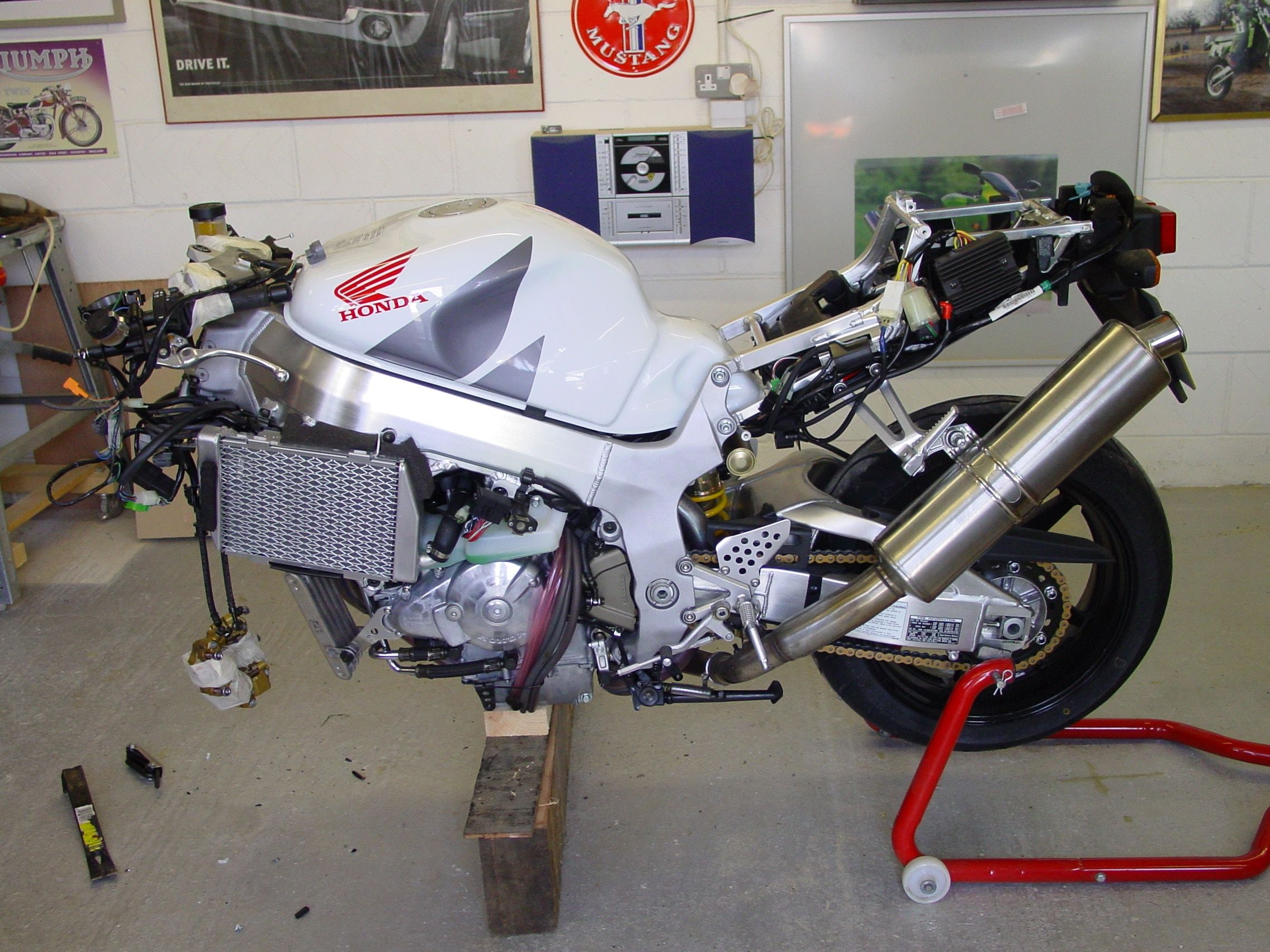 Honda SP-2 Stripped